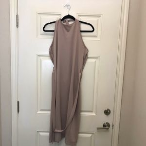 NWT Boohoo Halter Top Open Back Dress w/ Back Slit